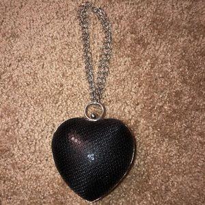 VS Victoria's Secret Heart Clutch / Wristlet 🖤